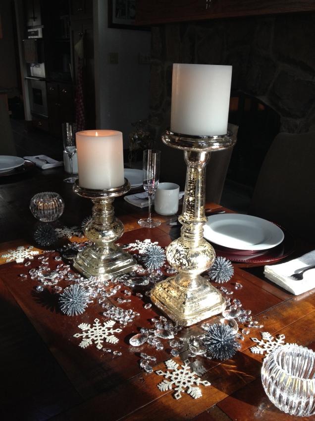 ...a sparkly, snowy table.